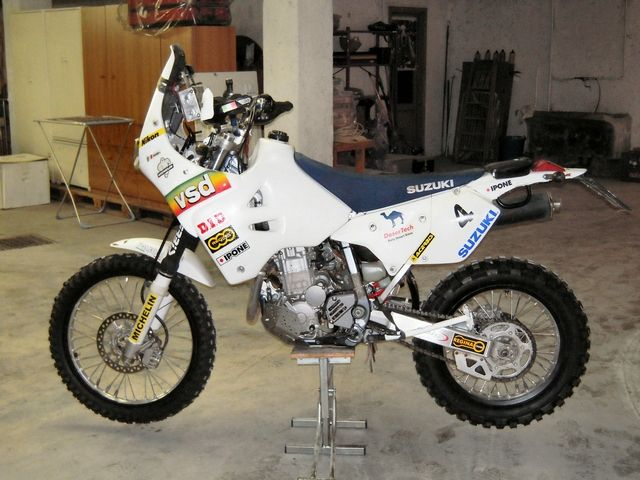 7897 Naked Female Bikers together with 9 Reasons You Need To Try Supermoto moreover Honda Z50r Wiring Diagram additionally Mikuni TM40 TM 40 Flachschieber Racing Vergaser Kit Kawasaki KLX 650 KLX650 in addition Z 440 ltd cafe racer 1982. on klx 650 racing