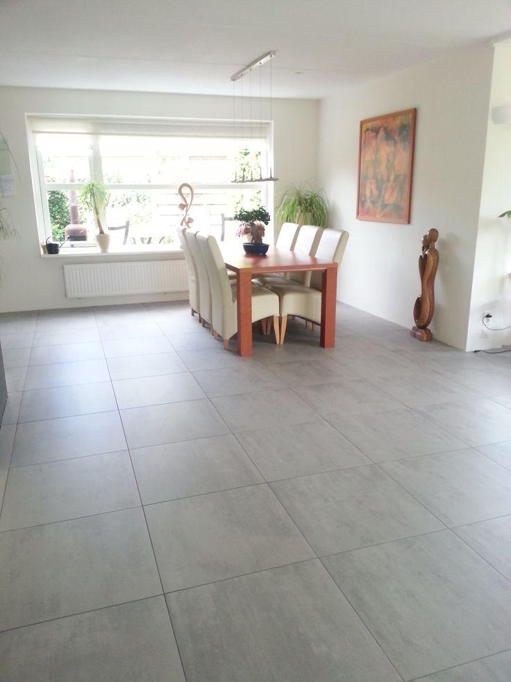 17 beste afbeeldingen over tegelhuys betonlook vloeren - Vloeren vinyl cement tegel ...