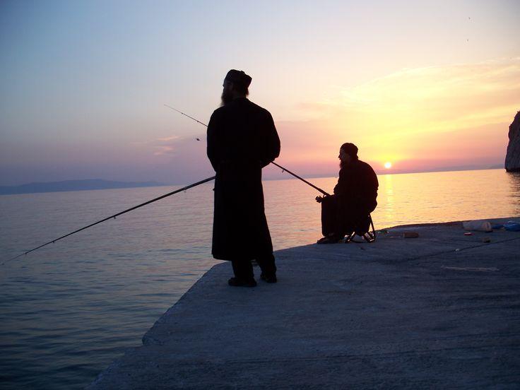 Ψάρεμα στο Άγιο Όρος....