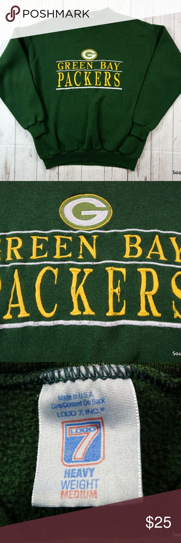 """Vintage 90s Green Bay Packers Sweatshirt, Medium Vintage 90s Green Bay Packers Sweatshirt, Men's Medium, 90s Fashion, NFL Football, Packers Sweatshirt, Logo 7  Brand: ......... Logo 7 Color: .......... Green & Yellow Size: ............ Men's Medium Material:  ..... 50% Polyester, 50% Cotton  Detailed Measurements: (Front Side of Garment has been measured laying flat on a table)  Sleeves:..............  20"""" inches  Chest:.................  21.5"""" inches Length:…..........    26"""" inches  Ships…"""