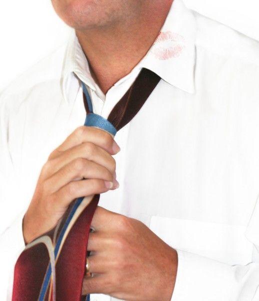 9 Noeuds de cravate  Sélection de noeuds de cravate expliqués à l'aide d'une animation     Apprendre à faire un noeud de cravate à l'aide d'une animation.  Comment faire un noeud de cravate?