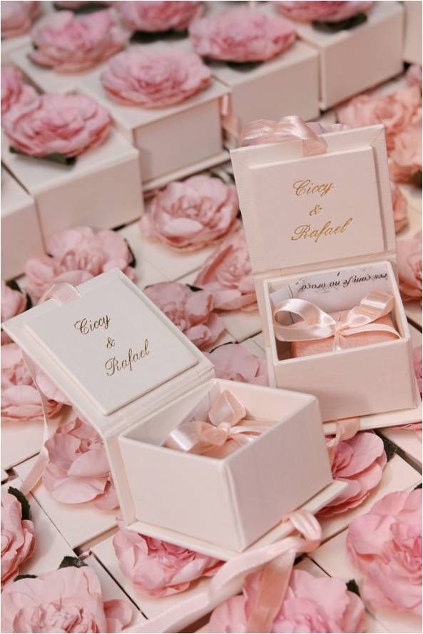 mini cakes in a box