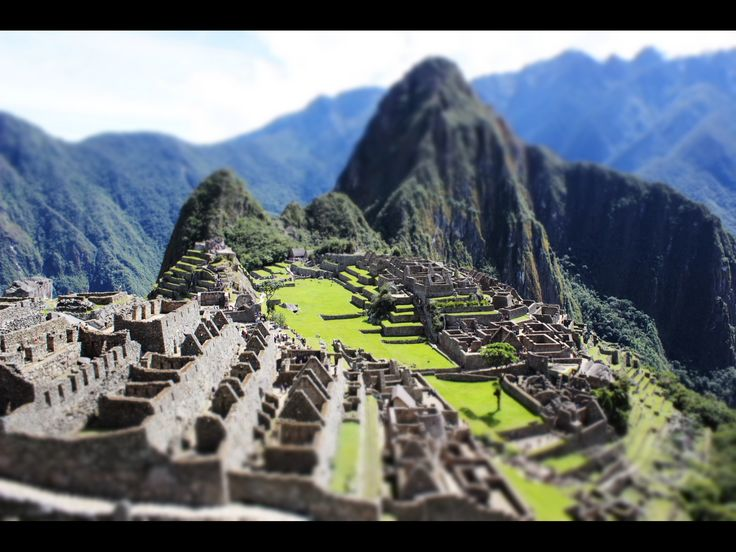 It might be a classic for travelers but it still fascinated me. #Machupichu was pretty awesome indeed. #Peru #Storiediritratti