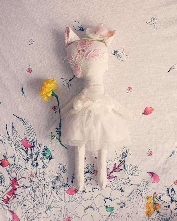 La Fleur Fox is completed  I love upcycling fabrics and thrift store finds! Especially if it is a tulle dress with silk lining Now what shall I make for my next sketch-to-life project?