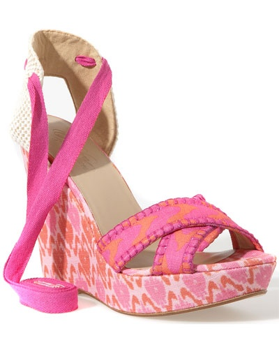 Bright Print Wedges perfect for summer! #spaweeksummer
