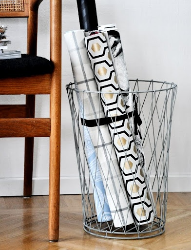 wrapping paper holder Organize and show off your collection of wrapping paper rolls or sheets with our sturdy, elegant displays made in the us from polished clear acrylic or sustainable.