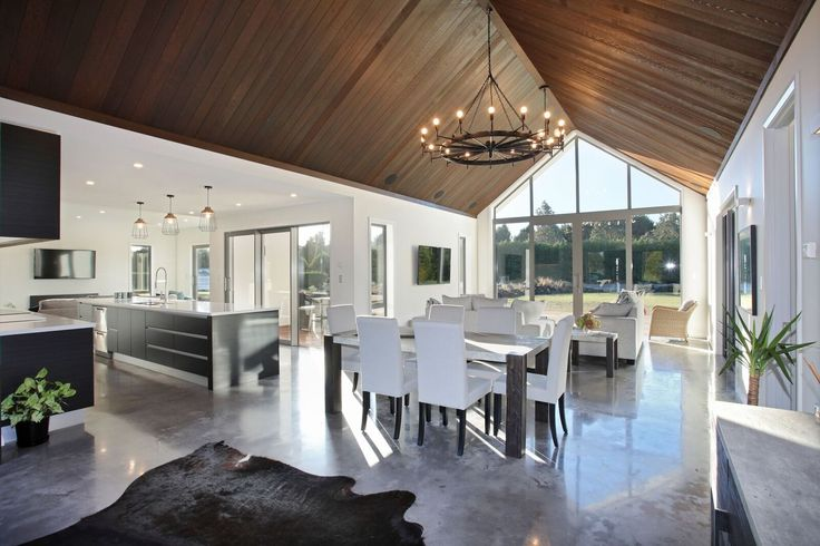 Built with the Southland countryside in mind and inspired by the David Reid Homes Pavilion range this custom designed home takes full advantage of the sun to ensure it stays nice and warm throughout the cold winters. Most homes in Southland are designed to take advantage of the sun and this custom designed home by…