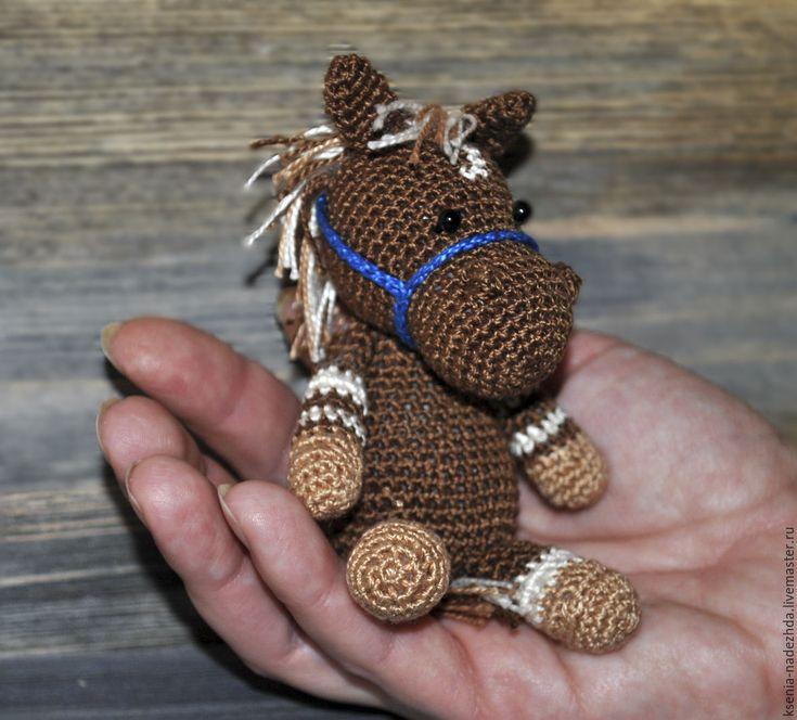 Купить Вязаная крючком игрушка лошадка-малышка - вязаная игрушка, вязаные животные, необычное животное