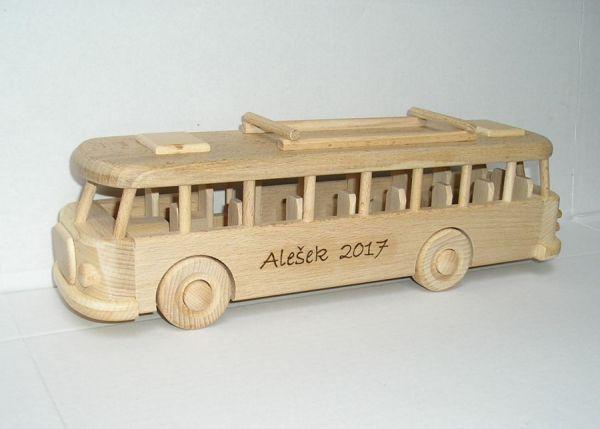 Dřevěné hračky autobus obchody Praha