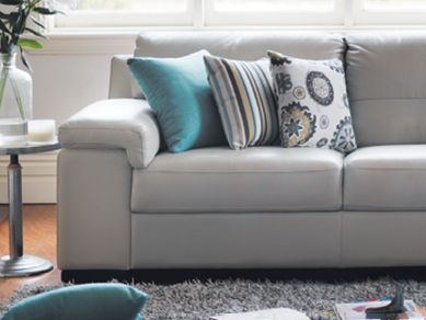 All Plush sofas come with Breatheclear®, which has been specially developed to offer you and your family long lasting protection against common asthma and allergy triggers, such as dust mites. Breatheclear® is exclusive to Plush, is complimentary, and gives you ultimate peace of mind.