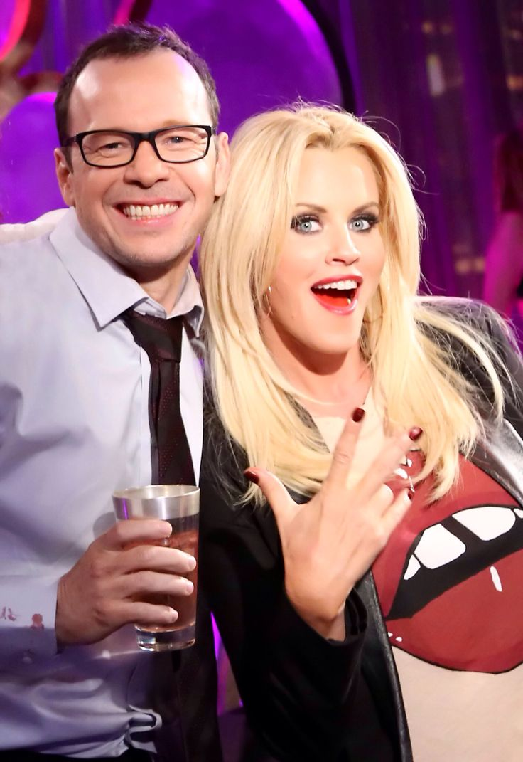 A Timeline of Donnie Wahlberg and Jenny McCarthy s Romance