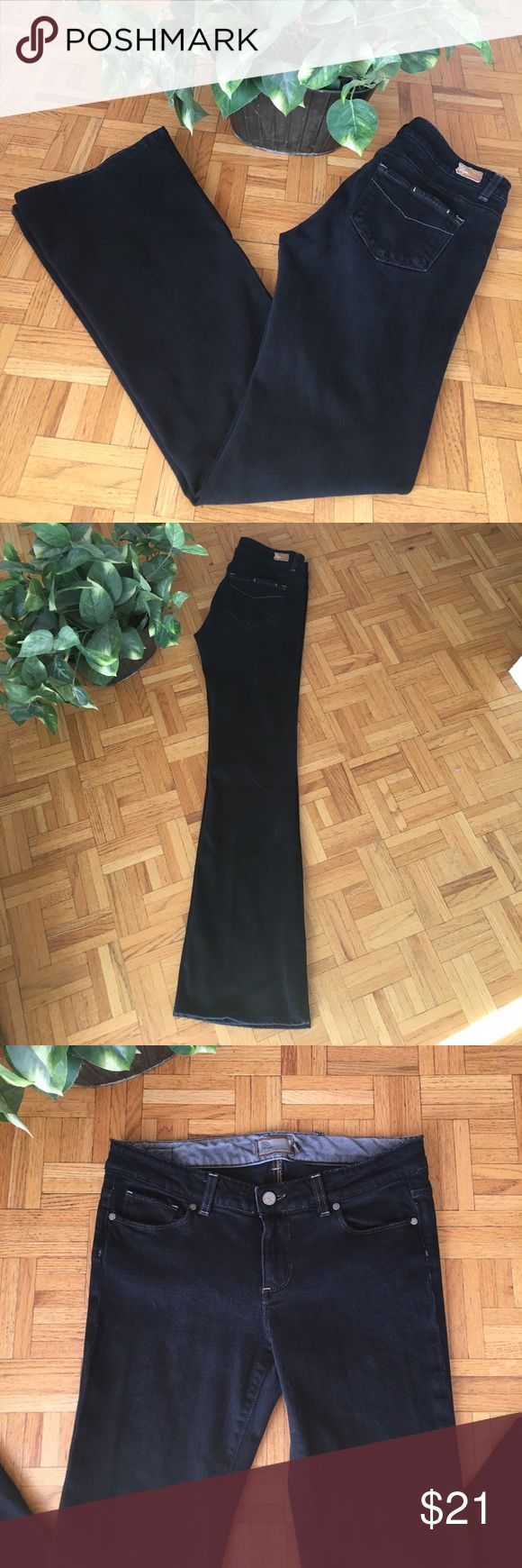 Black Paige Jeans Size 29 inseam 31 inches! Black Paige jeans Hollywood Hills! Inseam is 31 inches! Paige Jeans Jeans