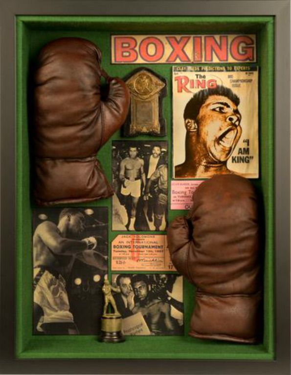 """"""" I am KING """" Boxing materials turn into unique collage    Available exclusively  : http://www.luxuryproducts.pl/p,stare_rekawice_bokserskie__prezent_dla_milosnika_boksu,63931,1801.html"""