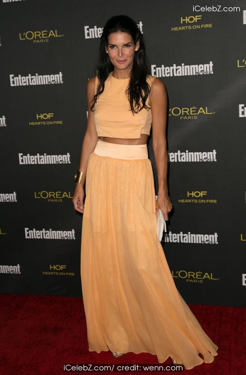 Angie Harmon 2014 Entertainment Weekly Pre-Emmy Party at Fig & Olive http://icelebz.com/events/2014_entertainment_weekly_pre-emmy_party_at_fig_olive/photo3.html