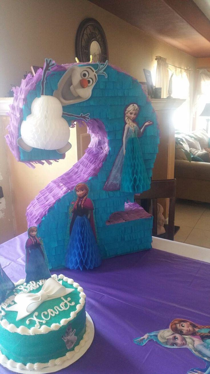 Disney Frozen Piñata