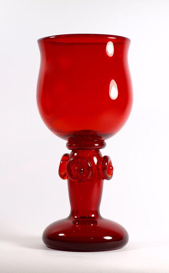 Red art glass vase/goblet designed by Jerzy Słuczan by StareNowe