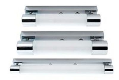Splashproof Barlight Prices: 370mm R1755 (71221100) 470mm R1975 (71221500) 700mm R2525 (71222000)   Can be used horizontally or vertically. Acrylic diffuser. Available in 3 sizes. IP44 rating for zone 2  Dimensions: Length:370, 470, and 700mm Wattage:40 watt(PLL Lamp) General information:  Clean, uncluttered design. Simplicity is undoubtedly one of it's main virtues. Energy saving!