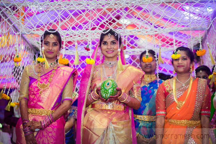 Bridal Entry - Entering the venue in style! - Amar Ramesh Photography Blog - Candid Wedding Photographer and Wedding Flimer in Chennai, India