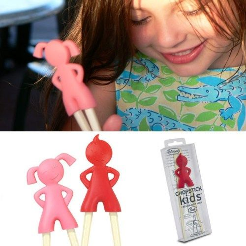 Çinlilerin çubuklarla nasıl yemek yediklerini anlamak ve çocuklara öğretmek açısından harika bir hediye.   http://www.buldumbuldum.com/hediye/cubuk_cocuklar/