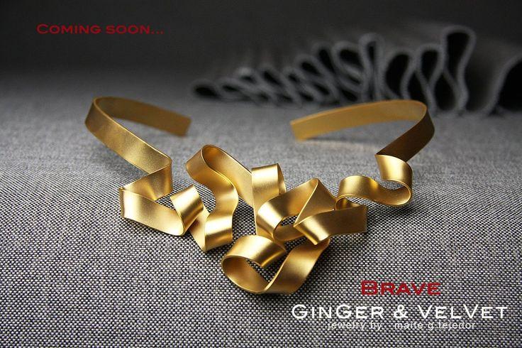 GinGerand Velvet.Un taller de diseño de joyas artesanales diferentes: pendientes únicos, anillos de boda a medida, collares personalizados para eventos...