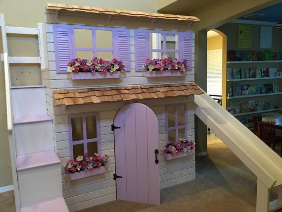 The Ultimate Dollhouse Cottage Loft bed di DangerfieldWoodcraft