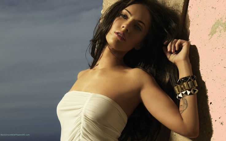 Beautiful Megan Fox In White Dresss Wallpaper Download awesome, Nice and High Quality #HD #Wallpapers from #backgroundwallpapershd for FREE !!
