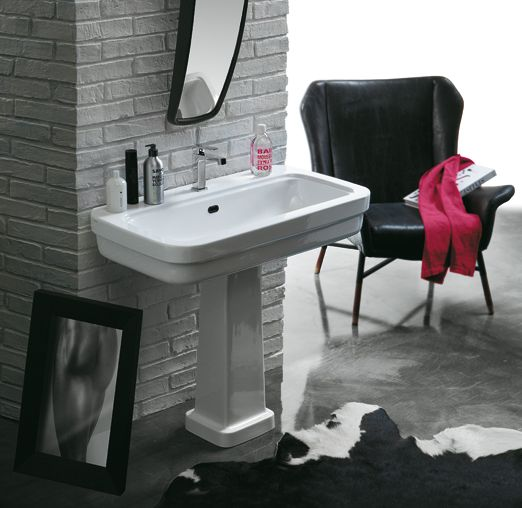 EVO12-EVO03 | Evolution Ceramica Simas Single hole console 90 pre-punched for three tap holes. Wall hung F86 or to be mounted on pedestal