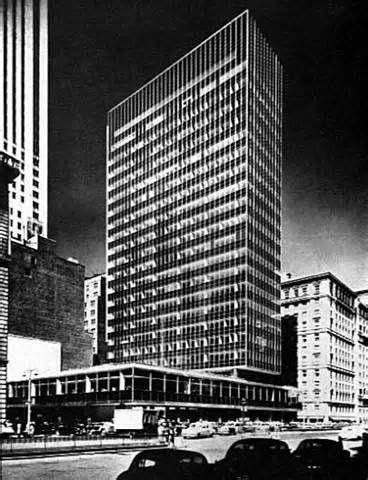 LEVER HOUSE S.O.M. (Skidmore, Owings & Merrill) Gordon Bunshaft, arquitecto. New York, 1951-52.