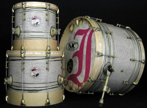 Watch SJC Drums create this custom gator-inspired kit for Ryan Leger of Every Time I Die this season on #DrumHeads.  #SeasonPremiere 10/24 @ 9/8c! www.drumheads.tv