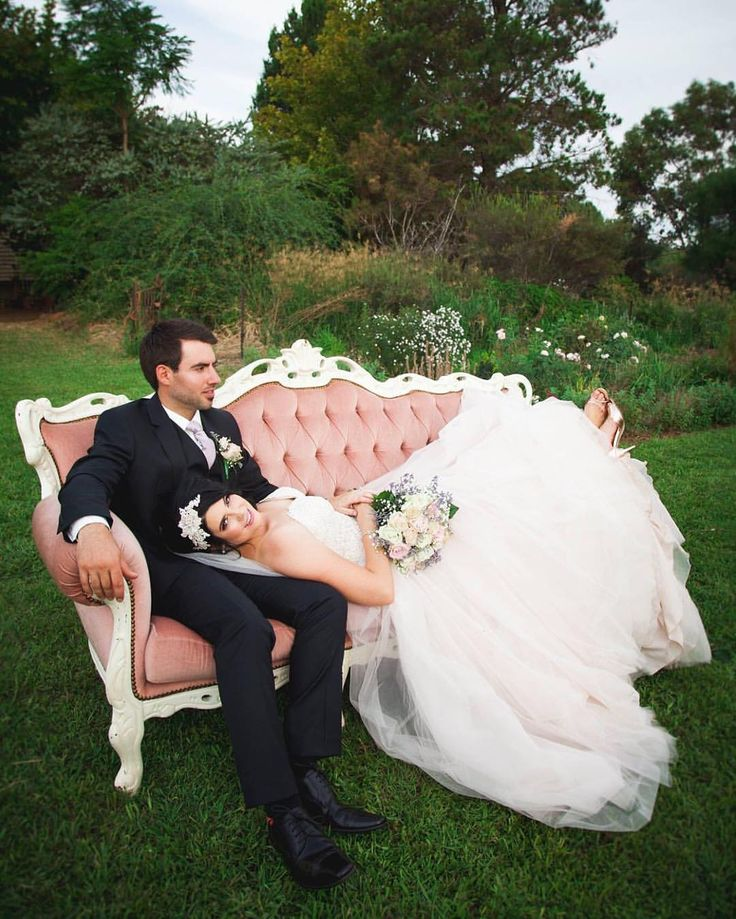"Samantha Moody Photography 📷 on Instagram: ""Take me back to Carrington! #samanthamoodyphotography #swanhill #carringtonwedding #swanhillwedding"""