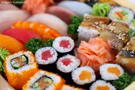 Salmão, atum, kani, califórnia e peixe branco <3