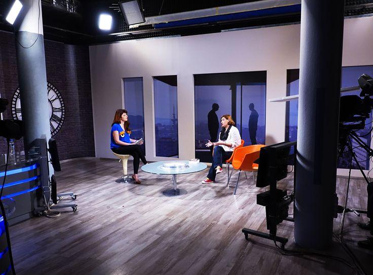 """Η συγγραφέας Σοφία Βόϊκου μιλάει στη Χριστίνα Κανατάκη και την εκπομπή """"Πάρτε Θέση"""" για το νέο της βιβλίο """"Ψίθυροι του Βαρδάρη"""". #voikou #psichogiosbooks #aprilios2016 #psithiroi_tou_vardari #diavazw"""