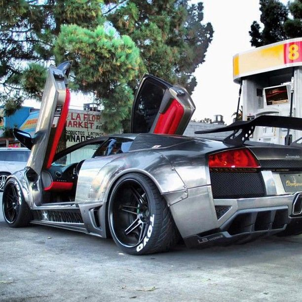 where would you drive this beast if you had it for one day! #Lambo!