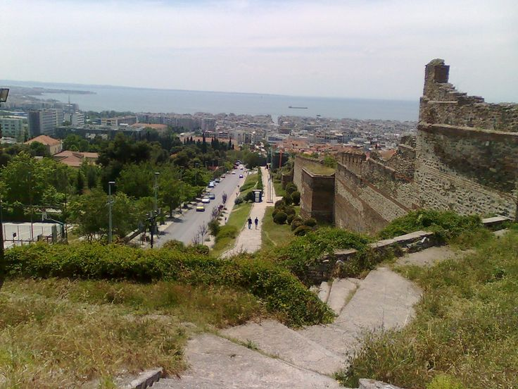 View of the area Ano Poli. At the right the Byzantine Wall.