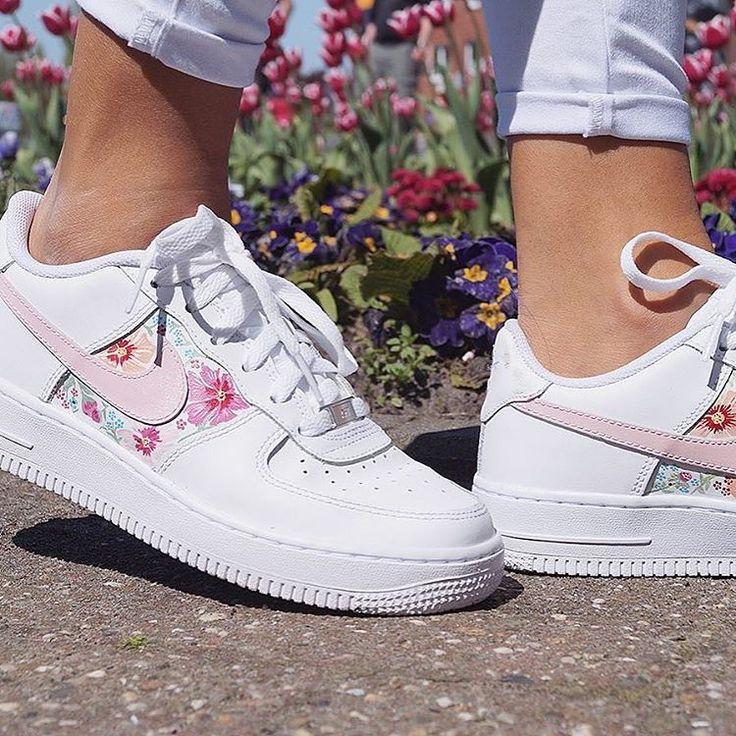 mieux aimé 893a0 79b95 Sneakers femme - Nike Air Force 1 Custom by born_originals ...