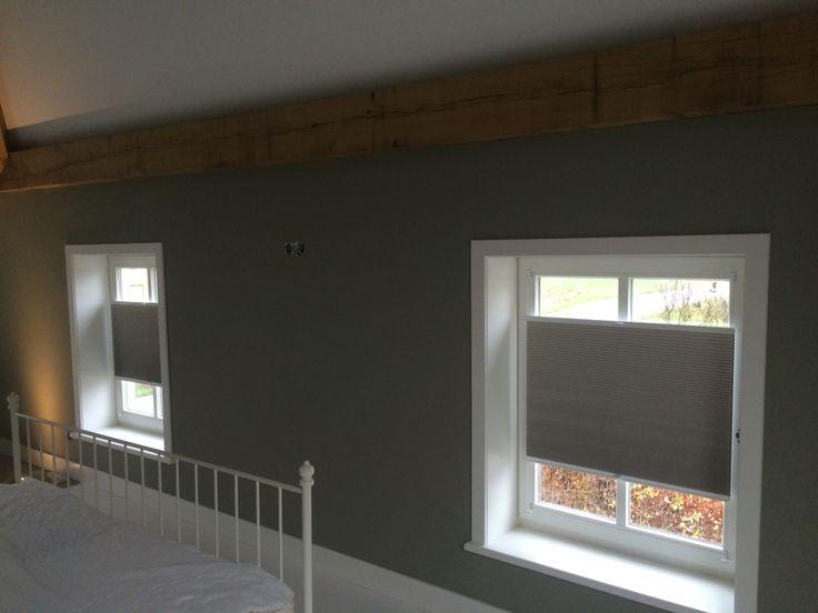Duette verduisterend kleur taupe vrijhangend met handvatbediening duette 39 s en plissee 39 s - Kleur schilderen master bedroom ...