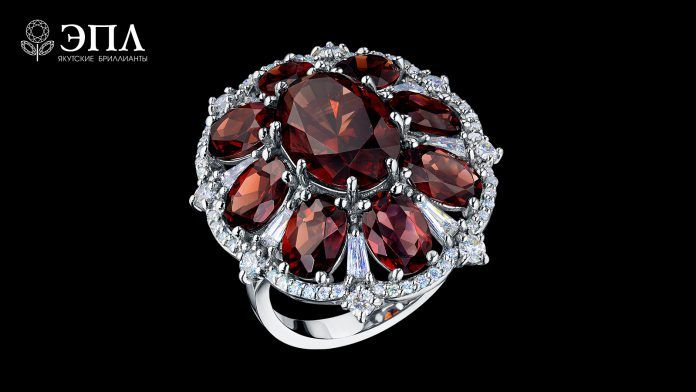 Благоуханная пора в ювелирном доме «ЭПЛ.Якутские бриллианты ... | 392x696