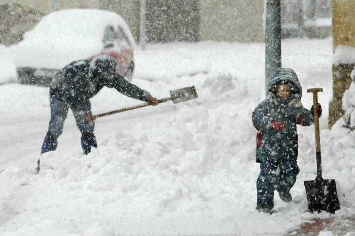 (adsbygoogle = window.adsbygoogle || []).push();  It may seem like fall just rolled in, but Canadians should be getting their shovels and parkas out soon as winter is soon on its way (if it hasn't yet arrived). Here is a look at what Canadians can expect for the upcoming winter m...