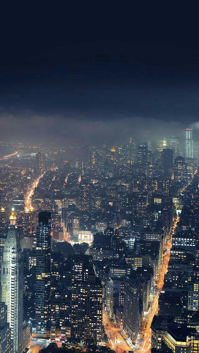 En la noche, las ciudades son más bellas...