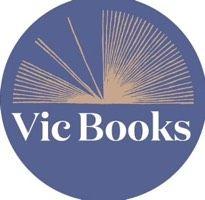 """Watch Vic Books's Vine """"#vicbooksstorytime #kidsonlymenu thanks to #seanthechef #muchfun #booklove"""""""
