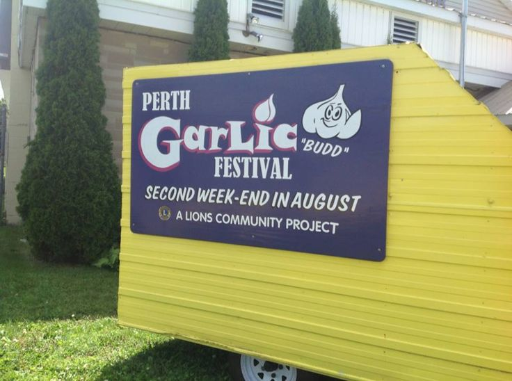 Perth Garlic Festival Aug 11, 2013. With Frank, Carol, Andre and moi.