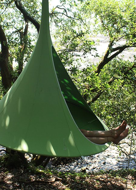 Cocoon style hammock - http://www.hang-in-out.com/item-store/double-cacoon/3/us