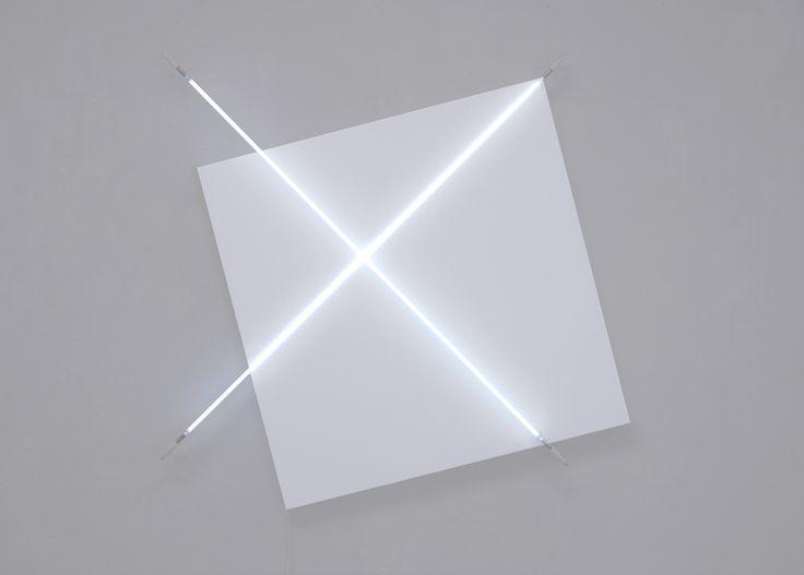 François Morellet - Diagonales hors cadre n° 1 - 2011 - courtesy A arte Studio Invernizzi, Milano