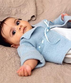 free Debbie Bliss baby cardigan.