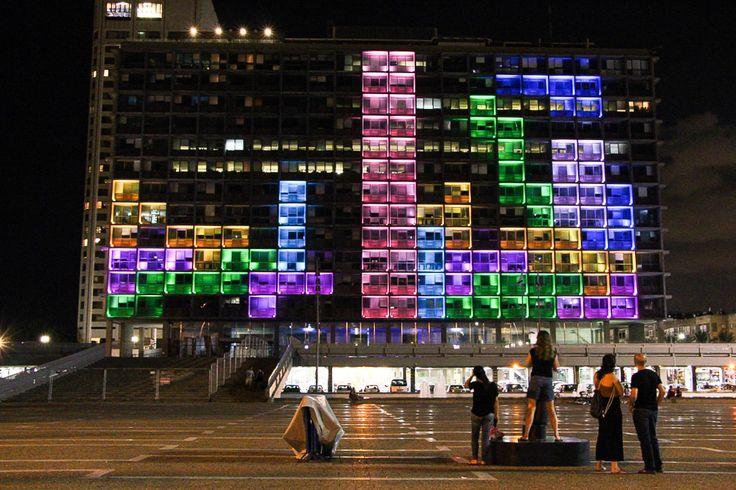 VIDÉO : Pour le festival DLD, la ville de Tel Aviv en Israël a organisé un…