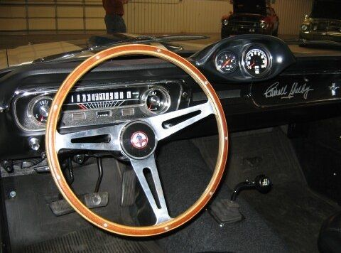 1965 Ford Mustang Shelby GT 350 Steering wheel and dashboard