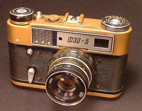Counterfeit Russian Gold Leicas and Funny Gold-Colored Zorkis by Jerry Friedman