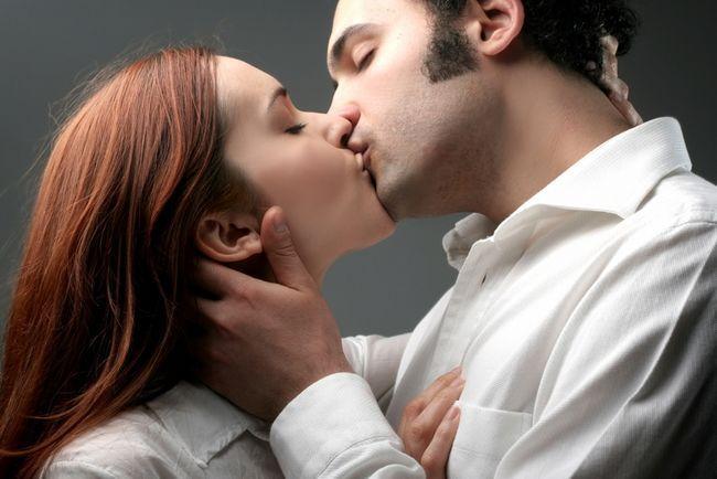 Tahukah anda bahwa ada beberapa fakta yang sangat mengejutkan tentang berciuman yang mungkin belum anda ketahui. Berciuman merupakan suatu bentuk exspresi rasa ci.....