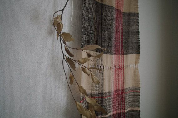 the lichens : handwoven scarf / handspun by gakumoandoseera