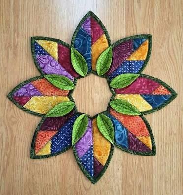 Resultado de imagen de Fold'n Stitch Wreath